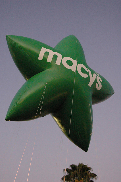 Macy's balloon at Universal Studios Macy's Day Parade