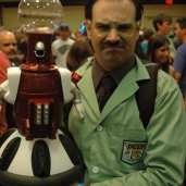 Tom Servo and Dr Forrester from MST3K